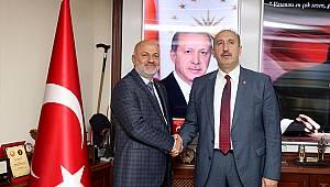 AK Parti Ardeşen Belediye Başkan Adayı Avni Kahya Başkan Gülteki'ni Ziyaret Etti