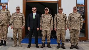 Jandarma Genel Komutanı Orgeneral Çetin, Rize Valisi Çeber'i Ziyaret Etti