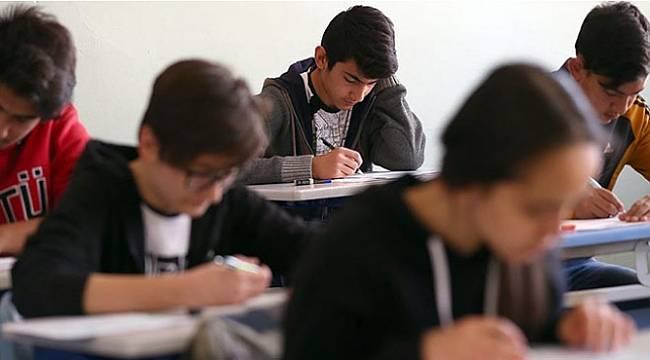 Liselerde uluslararası geçerliliğe sahip