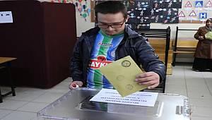 Rize'de Oy Verme İşlemi Sona Erdi