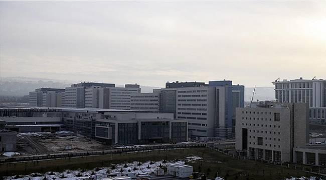 """Şehir hastanelerinde akademisyenlerle """"kişisel sözleşme"""" dönemi"""