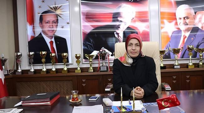Ardeşen'de İlk Kadın Belediye Başkan Vekili Havva Sinan Oldu
