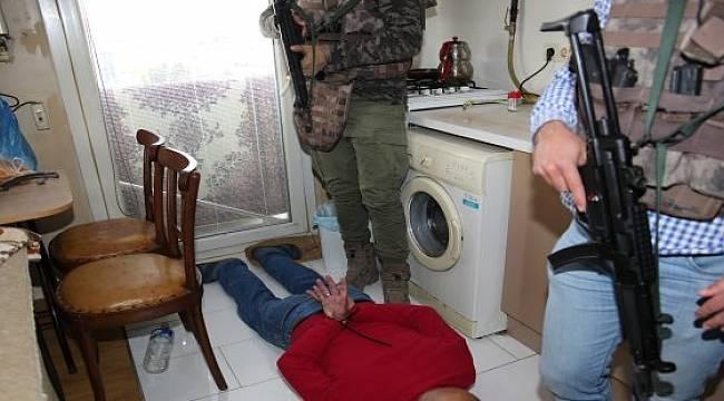 Rize Dahil 7 İlde Dolandırıcılık Operasyonu: 37 Gözaltı
