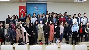 Rize Valisi Kemal Çeber RTEÜ'de Söyleşi Gerçekleştirdi
