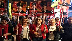 Rize'de 19 Mayıs İçin Yürüdüler Cumhuriyet Bayramını Kutladılar