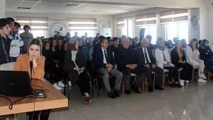 Rize'de Bin Öğrenciye 'Teknoloji Bağımlılığı' Eğitimi Verildi