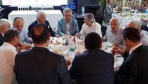 Binali Yıldırım, Rizelilerin Kahvaltısına Canlı Yayınla Bağlandı