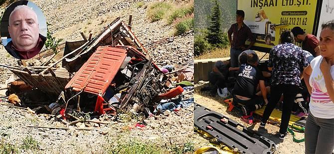 Rize Plakalı Kamyon Artvin'de Şarampole Yuvarlandı: 1 Ölü, 8 Yaralı