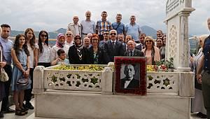 Baba Reis Ekrem Orhon Vefatının 36. Yıldönümünde Mezarı Başında Anıldı