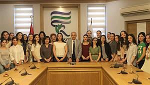 RTEÜ'de Staj Yapan Gürcü Öğrencilerden Rektör Karaman'a Ziyaret