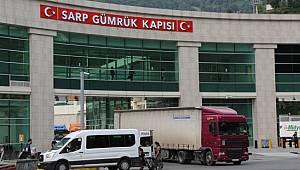Sarp Sınır Kapısı'ndan Kimlikli Geçişler 15 Tl'den 50 Tl'ye Çıkartıldı