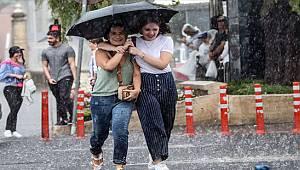 Meteoroloji'den Gökgürültülü Kuvvetli Sağanak Yağış ve Fırtına Uyarısı