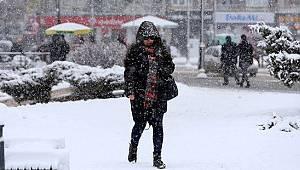 Doğu Karadeniz'in iç kesimlerinde kar, kıyı kesimlerinde sağanak yağış bekleniliyor