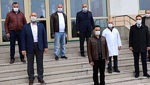 Ardeşen Eğitim Kültür ve Dayanışma Vakfı'ndan 100 Bin Liralık Tıbbi Malzeme Desteği