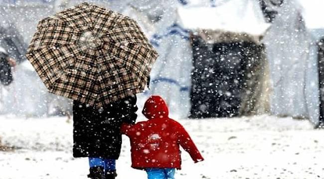 Ilık ve Yağışlı Hava Geliyor. Doğu Karadeniz'e Kar Uyarısı